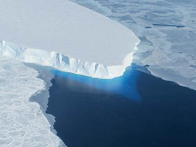 Thwaites Ice Shelf